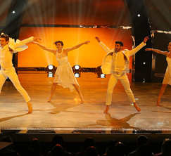 The Top 4 perform a routine choreographed by Travis Wall.