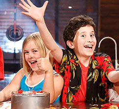 The other junior home cooks help celebrate Alexander's big win!