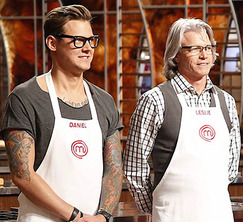 The remaining 8 cooks learn that they'll get to choose their own teams for the next challenge.